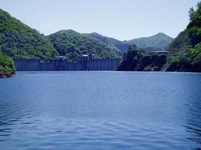 奥四万湖3.jpg